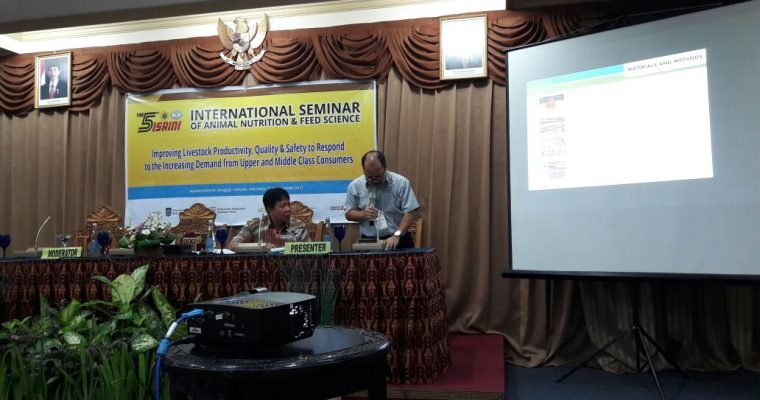 Presentasi dalam International Seminar of Animal Nutrition and Feed Science (ISAINI) ke 5 di Mataram